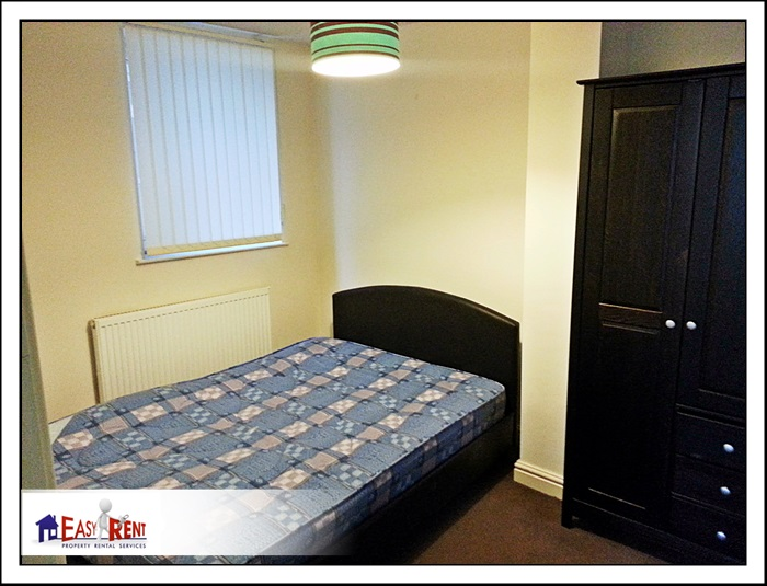 2 Bedroom flat Newport Rd flat 2