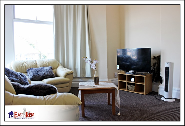 1 bedroom flat Newport Rd